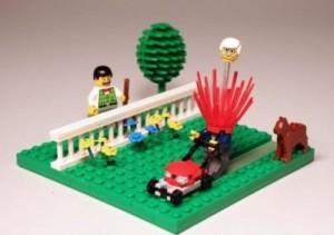 LEGO-head-explosion-500x352